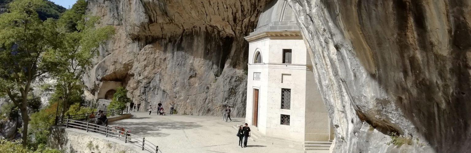 grotta beata vergine san vittore